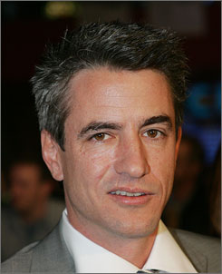 Dermot Mulroney and Catherine Keener have been married for 17 years and have a 7-year-old son, Clyde.