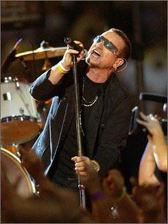 Bono: With U2 at Superdome.