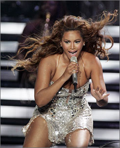 First stop on her tour: Beyonce wowed the crowd at the Essence Music Festival in New Orleans on Friday.