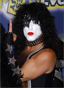 Kiss' Paul Stanley, seen here in 2003, had to bow out of a California concert Friday after experiencing heart problems that required medical attention.