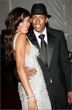 Nick Cannon and Selita Ebanks have decided to call off their engagement.