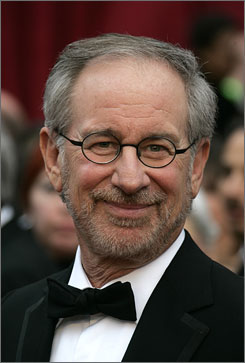 Steven Spielberg will receive the lifetime achievement award during the 2008 Golden Globes.