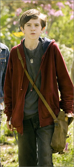 Freddie Highmore: In movie version of Spiderwick  Chronicles.