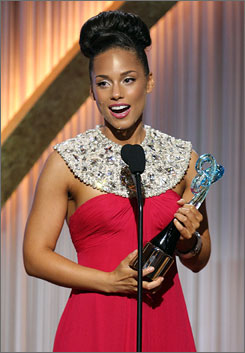"""No one"" else: R&B star Alicia Keys took  home the entertainment award Saturday  night in Washington, D.C."
