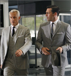 Get back to work, boys: The team  behindMad Men are free to resume work on the show's sophomore season thanks to a deal between  the writers and the studio, Lionsgate.