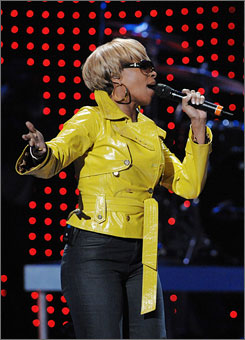 Grammy nominees Mary J. Blige and Jay-Z will embark on a 26-stop tour starting in March.