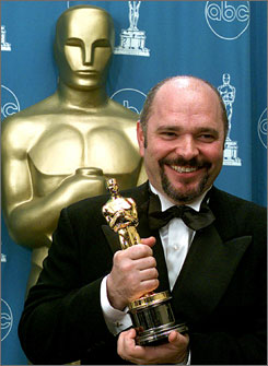 Anthony Minghella, who earned an Oscar for helming The English Patient, succumbed to a hemorrhage that developed following neck surgery last week.