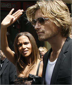 Halle Berry and her beau of two years, model Gabriel Aubry, have named their newborn daughter Nahla Ariela.