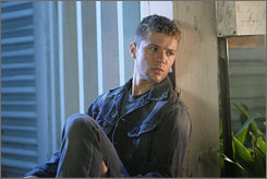 Ryan Phillippe plays an Iraq War veteran.