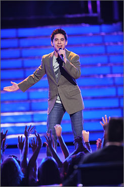 Archuleta: Device helped him, a USA TODAY Idol coach says.