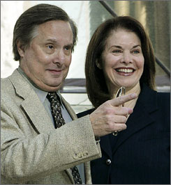 William Friedkin and Sherry Lansing are ending their lawsuit against a security firm over a home break-in.
