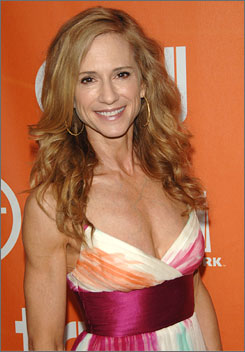 Holly Hunter stars as Grace Hanadarko in TNT's Saving Grace.