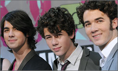 The Jonas Brothers will perform at the MTV Video Music Awards on Sept. 7.