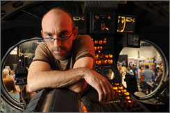  &quot;I'm no Superman&quot;: Inside the Owl Ship, Jackie Earle Haley, who plays the anti-hero Rorschach in Watchmen, contemplates the dark turn heroes have taken.