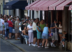 In Savannah,  Ga.: Fans line  up for lunch  reservations at  Paula Deen's  restaurant, The  Lady & Sons.
