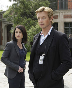 Keep them in mind: Simon Baker as Detective Patrick Jane and Robin Tunney as Agent Teresa Lisbon.