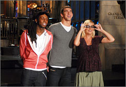 Run-through: Rap superstar Lil Wayne, swimmer/host Michael Phelps and SNL star Amy Poehler.