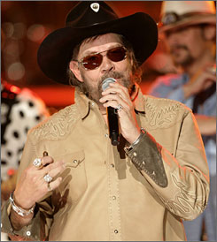 Hank Williams Jr. is this year's icon  honoree for the BMI awards.