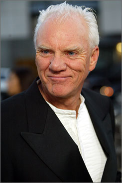 Malcolm McDowell will receive a lifetime achievement award at the 11th annual Savannah Film Festival.