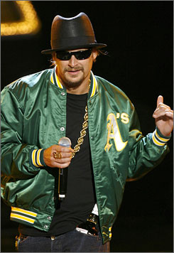 "Kid Rock's ""Made in Detroit"" T-shirts will benefit a music scholarship program at Wayne State University."