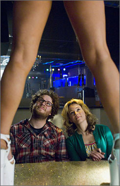The naked truth: Seth Rogen and Elizabeth Banks are broke, so they make an adult film to get money.