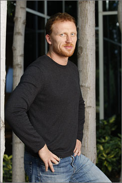 Will he be a heart-mender or heartbreaker? Scottish actor Kevin McKidd plays Owen Hunt, Dr. Yang's new love on Grey's Anatomy.