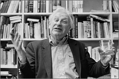 The Steppenwolf Theatre Company will host a tribute to Studs Terkel on Monday.