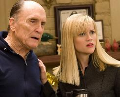 Four Christmases, with Robert Duvall and Reese Witherspoon, was just the holiday fare moviegoers wanted over the Thanksgiving weekend.