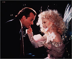 Carol Kane gives Bill Murray some advice in 1988's Scrooged.