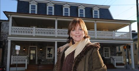 Nora Roberts, queen of the romance novel, is now ensconced in the hotel business. Roberts bought the Inn BoonsBoro in Maryland two years ago, and its labor-of-love renovation was inspired by seven lovestruck literary couples.