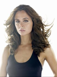 "Eliza Dushku stars as one of the Dollhouse ""Actives,"" operatives whose memories/personalities have been wiped clean and imprinted with new ones, allowing them to take on various missions for hire."