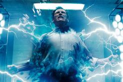 A National Academy of Science effort recruited University of Minnesota physicist James Kakalios to straighten out the quantum physics tricks of Jon Osterman (Billy Crudup) who becomes sky-blue superhero Dr. Manhattan.