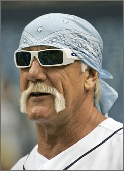 Hulk Hogan and his estranged wife's attorney argued outside of a Florida courtroom.