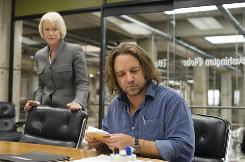 Helen Mirren and Russell Crowe star in State of Play, a thriller at the intersection of politics, big business and journalism.