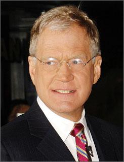 David Letterman apologized for making a joke that targeted Sarah Palin's daughter Bristol.