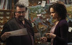 Saul Rubinek stars as Warehouse 13 caretaker Artie Nielsen. Genelle Williams plays Leena, who has the ability to interpret the auras of supernatural objects (and who also runs the nearby B&B).