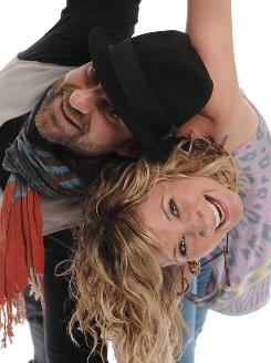 Kristian Bush and Jennifer Nettles share their Lexington, Ky., show on their Live on the Inside DVD. On the CD, the Sugarland duo has three originals and seven covers, including songs by Beyonce and Kings of Leon.