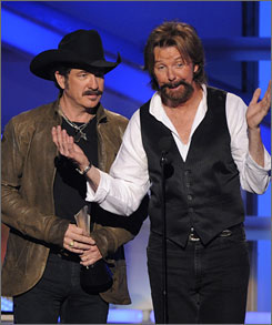 "Kix Brooks, left, and Ronnie Dunn say they've never even yelled at each other in 20 years. ""I don't known how to say it any different than it was just time,"" Brooks said of their decision to end their musical partnership."