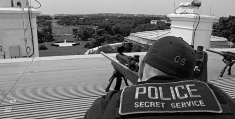 Secret Service agents protect the president, but what they see behind the scenes is enough to fill a book, Ronald Kessler's In the President's Secret Service.