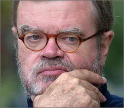A Mayo Clinic spokesman says Garrison Keillor suffered a stroke Sunday morning.
