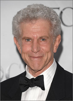 Actor Tony Roberts had a minor seizure during the Sunday matinee of The Royal Family.