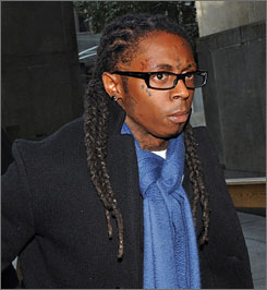 Lil Wayne is expected to serve a year in prison after pleading guilty to attempted weapon possession.
