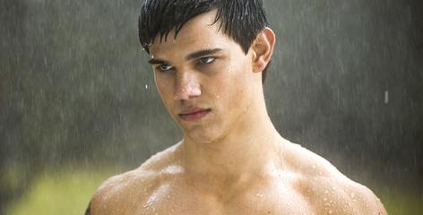 Taylor Lautner as the werewolf-transforming Jacob turned heads and won hearts with his, er, physical prowess in New Moon.