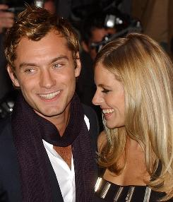 Jude Law and Sienna Miller appear to have reconciled after a very public breakup in 2006.