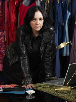 Kelly Cutrone, who owns the PR firm People's Revolution, is the star of her own reality show. Kell on Earth premieres Monday night on Bravo.