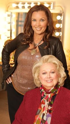 Barbara Cook, Vanessa Williams and company (including Stephen Sondheim on video) paint a portrait of the composer's lyrics and music in Sondheim on Sondheim at Studio 54..