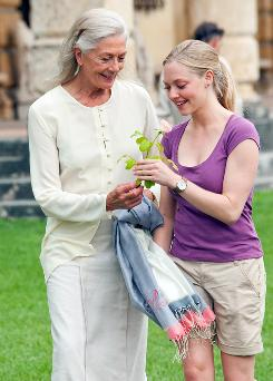 Delivered to theaters: In Letters to Juliet, out Friday, Vanessa Redgrave, left, writes a note that Amanda Seyfried finds and answers.