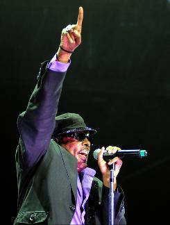 Charlie Wilson wows the crowd Friday during the Essence Music Festival at the Louisiana Superdome in New Orleans.