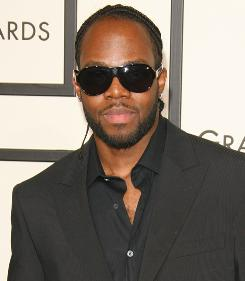 Dwele arrives at the 2008 Grammy Awards in Los Angeles.