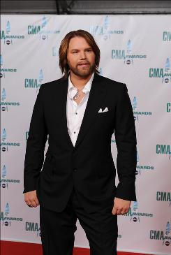 Country singer James Otto was admitted to a Nashville hospital uesday for abdominal illness.